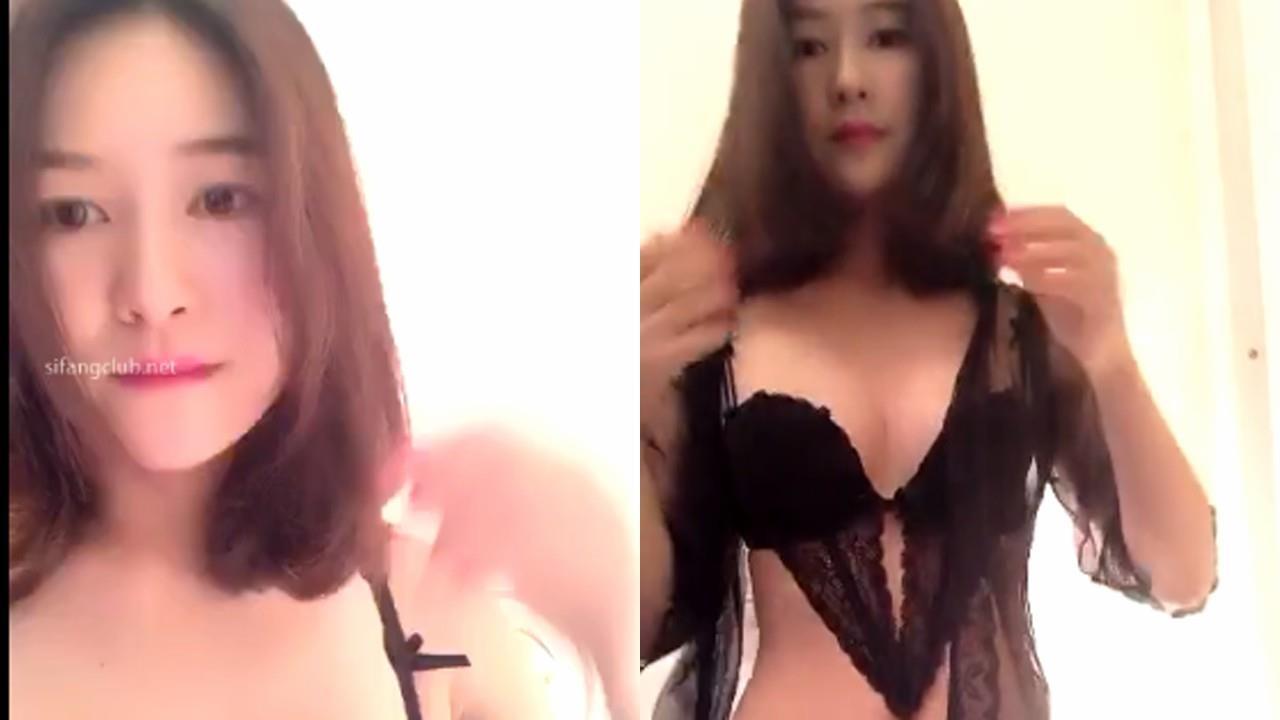 【重金自购】极品巨乳翘臀尤物美女主播王菲娜露奶诱惑大秀合集2