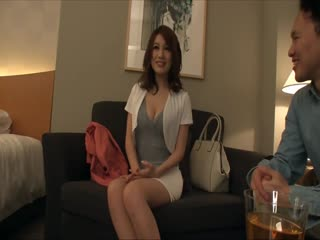 BIJN-071-美人魔女71りこ30歳