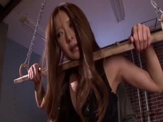 ATID-213被虐の女スパイ鈴木麻奈美