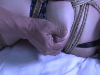 GMA-04緊縛調教妻老人会の生贄弄ばれた母乳未亡人羽月希