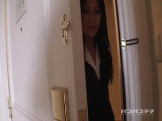 Paco052710_10美熟女OLのお仕事AsaiChihiro(浅井千尋)