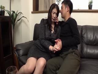 GVG-876-姑の卑猥過ぎる巨乳を狙う娘婿吉岡奈々子