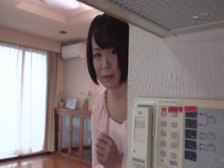 HBAD-404-進学のため上京してきた親戚の田舎娘、色白巨乳で発情期・奥さんの目