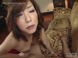 XXX-AV22920上野ひとみが魅せる熟熟の喉奥を使ったフェラチオ前編